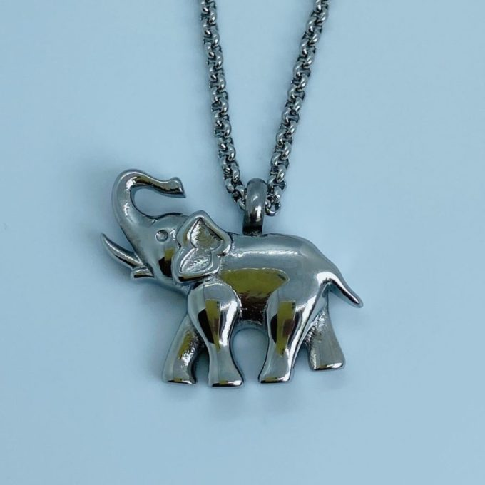 Elephant pendant for ashes