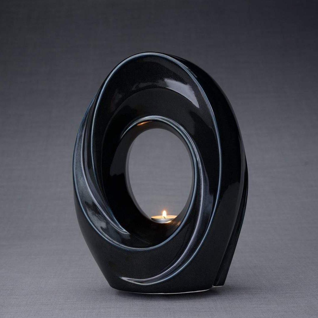 The Passage – Glossy Black